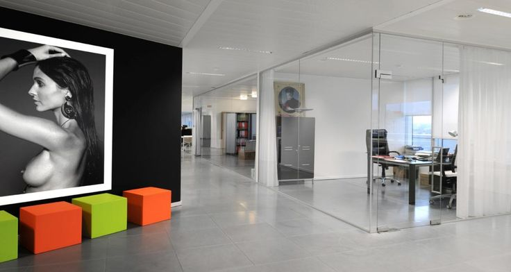 Circulation into the premises of JWT in Brussel, Belgium