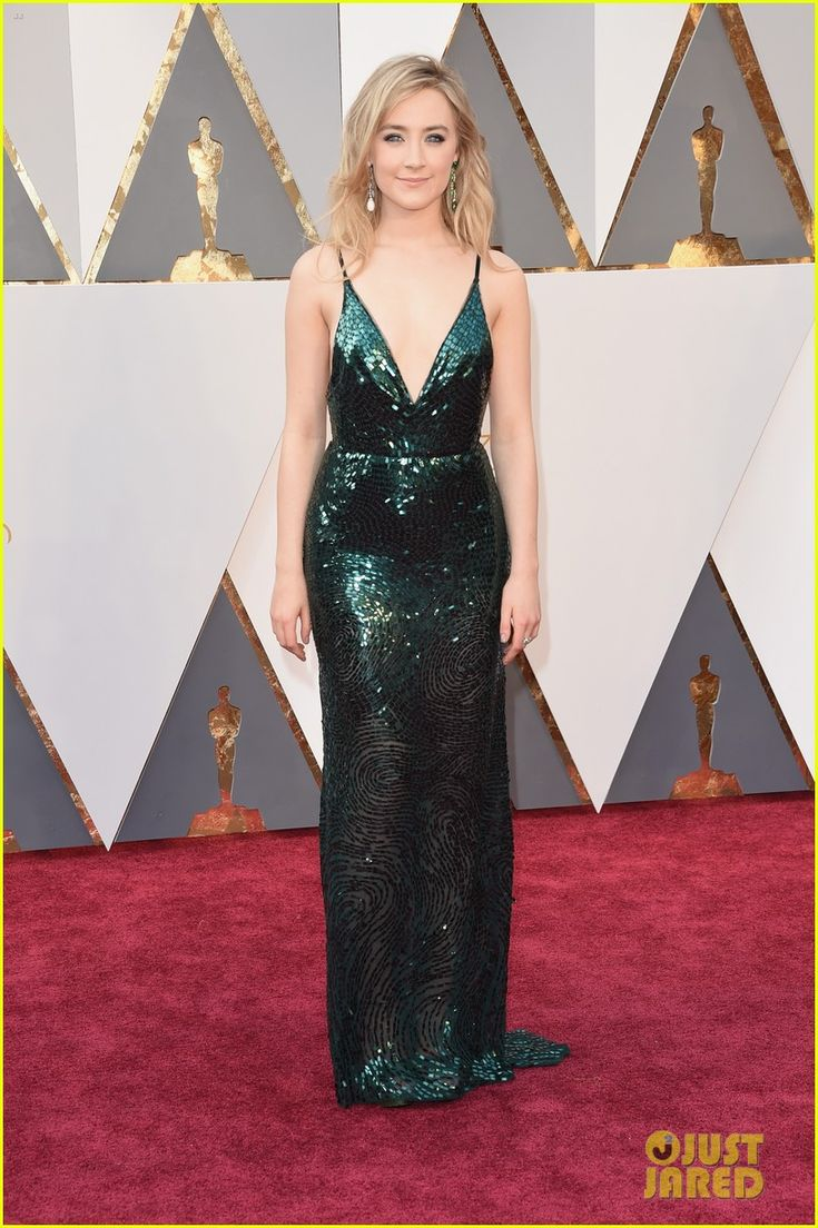 Emmy fashion 2014 best red carpet dresses blogher - Oscar 2016 Saoirse Ronan In A Calvin Klein Collection Dress And Chopard Jewelry