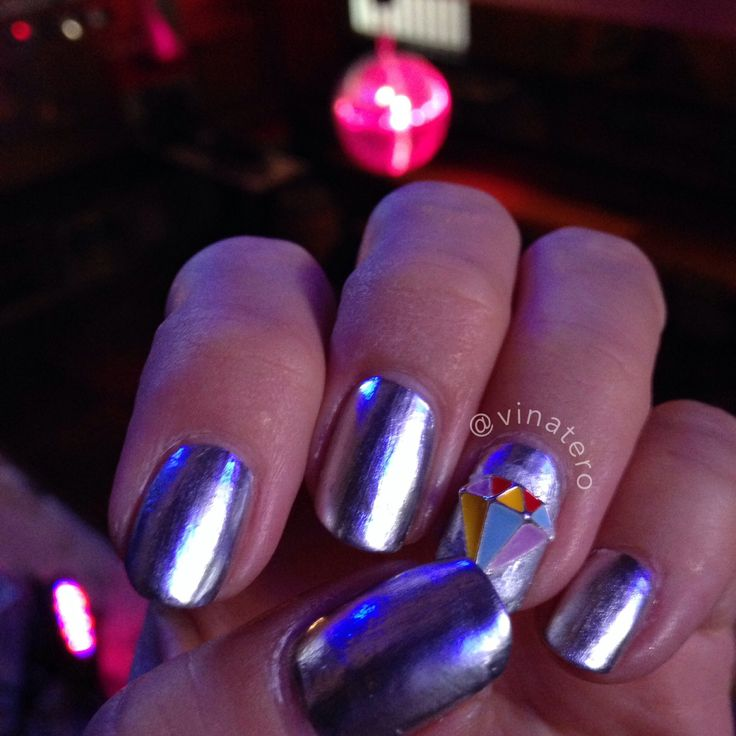 118 best vinatero nail art images on pinterest nailart the o my chrome disco nails with disco ball in background love this nail charm opi prinsesfo Images