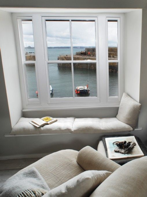 Luxury  self-catering holiday house in Mousehole... This ♥ Yes Please!