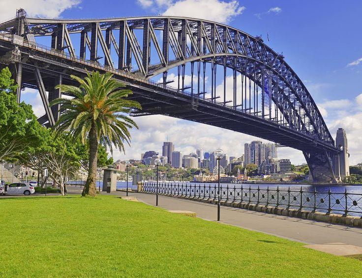 Харбор-Бридж. Сидней. Австралия.  Harbour bridge. Sydney. Australia. #RoadTM #road #roads #roadstrip #beautifulaustralia #roadstriping #roadtrip #beautiful_australia #дорогидороги #roadtrip2016 #bridge #bridges #beautifulbridge #beautifulbridges #harbourbridge #sydney #sydneybridge #sydneyharbour #sydneyharbourbridge #sydneyharbor #sydneyharborbridge #australiaroadtrip #tripaustralia #tripsydney #travelaustralia #travelsydney #visitaustralia #visitsydney #мосты #beautifulsydney by roadtm…