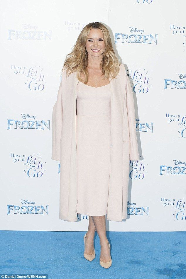 What an entrance! Amanda Holden certainly turned up the heat when she arrived at the sing-along screening of Disney's Frozen on Monday evening