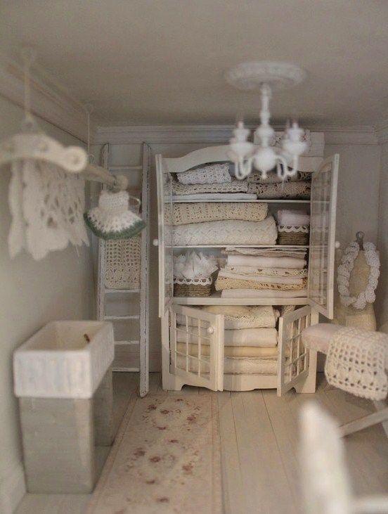 Meer dan 1000 idee n over shabby chic badkamers op pinterest chique badkamers badkamer en - Badkamer retro chic ...