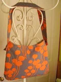 easy beautiful purse- takes an hour - ive made 4 of em! so easy