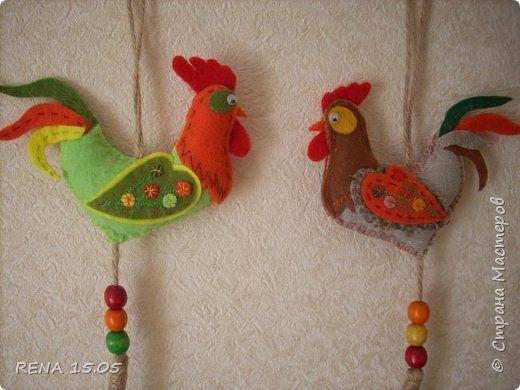 Девочки, следующий год - год Петуха, у нас есть время подготовиться и пошить милые игрушки, которые могут стать подарками или украшением для ёлки. фото 5