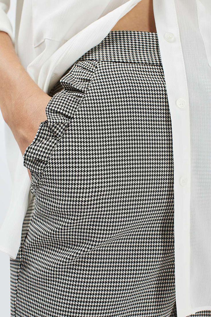 Les tendances automne/hiver : le détail à volants - Pantalon Topshop