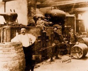 Barrel makers in Philadelphia in 1920.