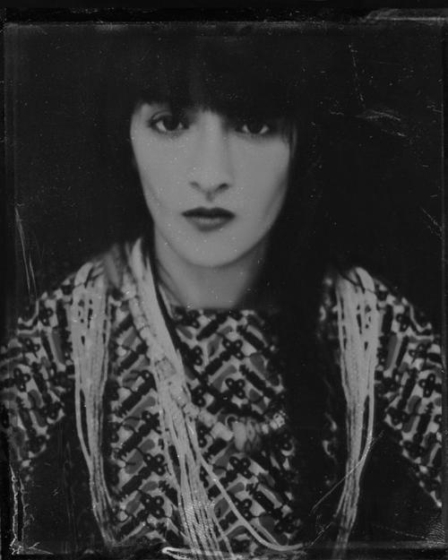 Hindi Zahra--her facial structure makes me think of Florence Welch