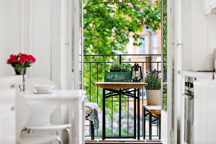 Balkong på Högalidsgatan 38 B i Hornstull - Fastighetsbyrån Södermalm