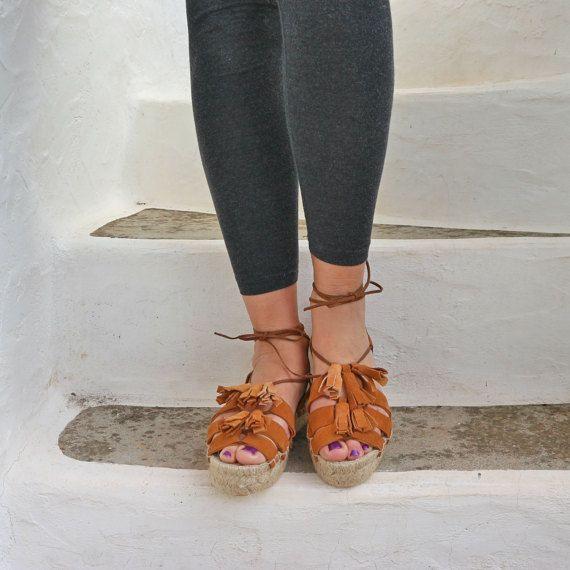 Sandali espadrillas. Espadrillas in camoscio con nappine. Open Toe in camoscio estate scarpe. Sandali delle donne. Sandali greci. Ayita--