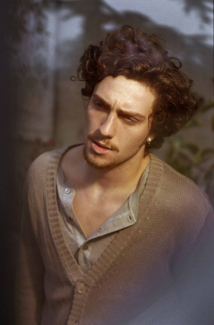 Aaron Taylor-Johnson. Yum.