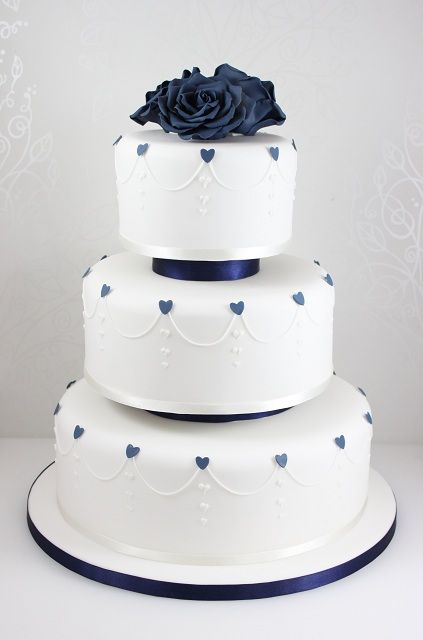 navy and white wedding cakes best 25 silver wedding cakes ideas on silver 17744