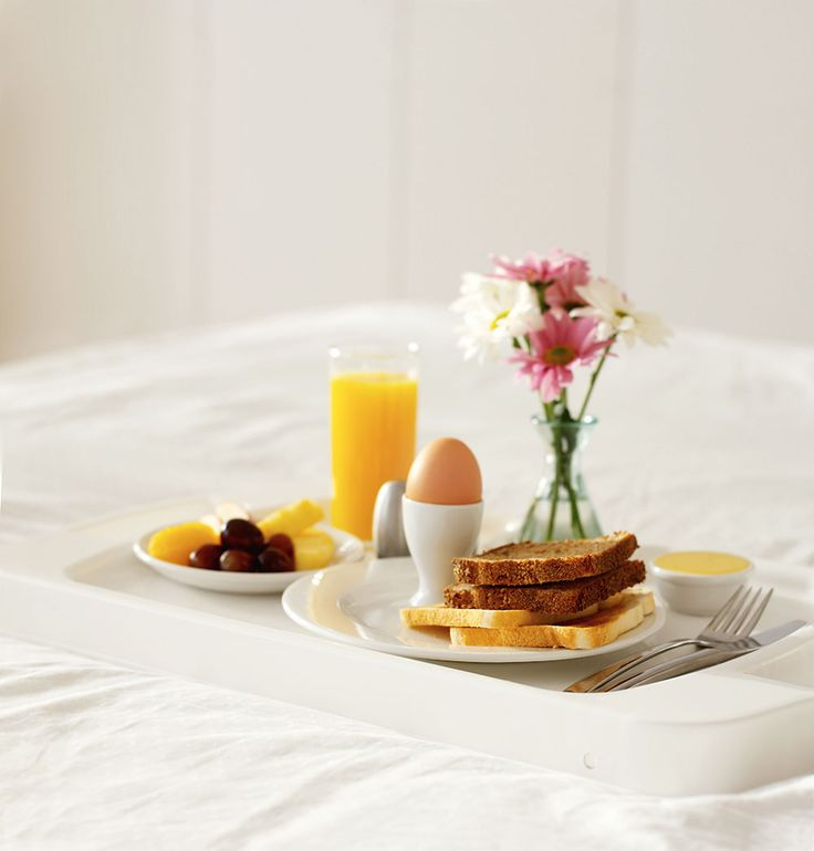Best 25 breakfast in bed ideas on pinterest valentine 39 s for Breakfast in bed ideas