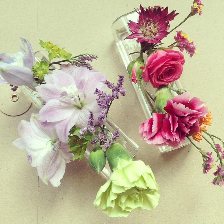 Brightening up InStyle HQ with the prettiest of flowers @Bronnley @tracepublicity #bronnleyelements