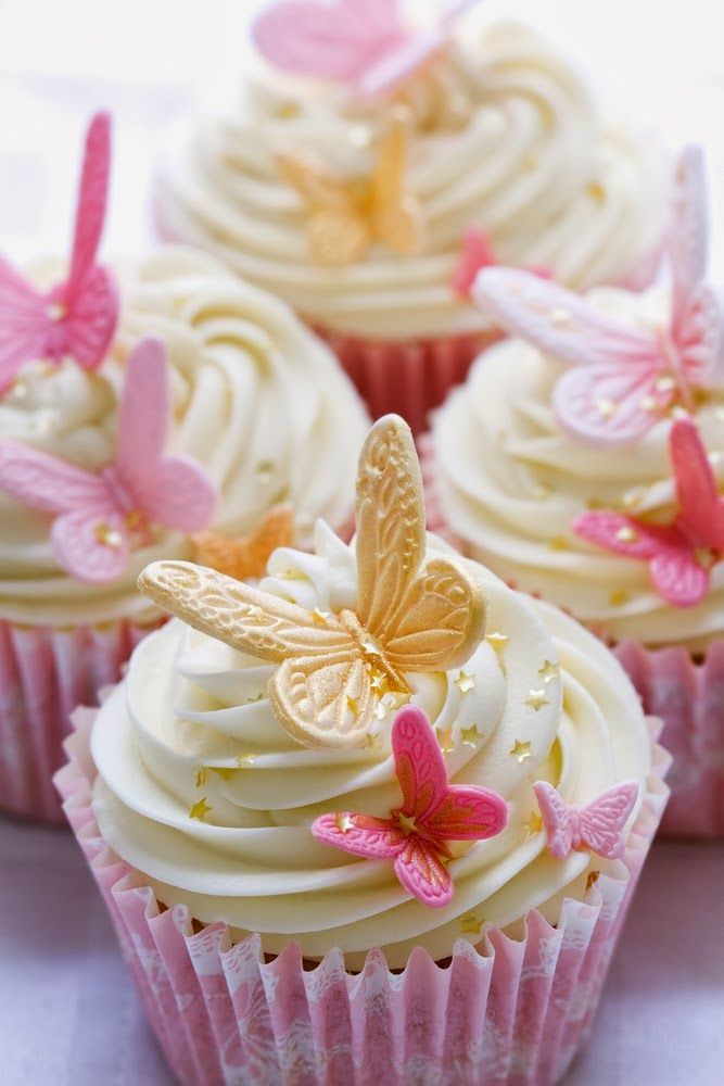butterfly cupcakes perfect for girls partybabyshowerbridalshower i would just switch the gold accents for silver