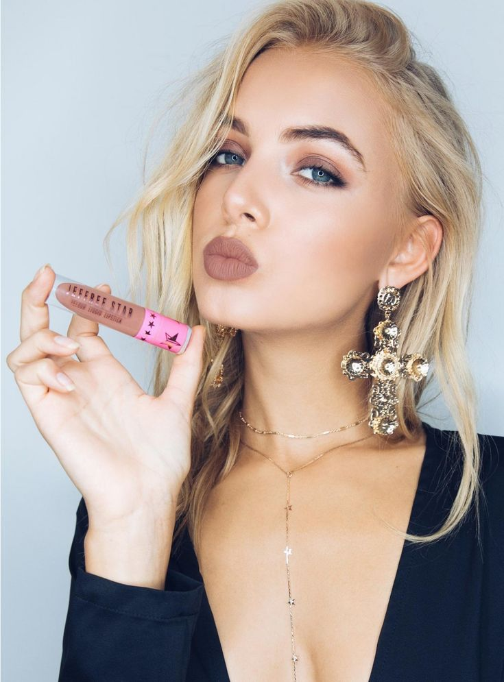 Jeffree Star Celebrity Skin Liquid Lipstick