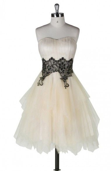 A-line Strapless Knee Length Tulle Homecoming Dress With Applique TR0142