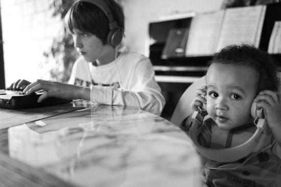 Boost Kids' Health: Playing Classical Music Helps Improve Concentration - organicauthority.com - Organic Living