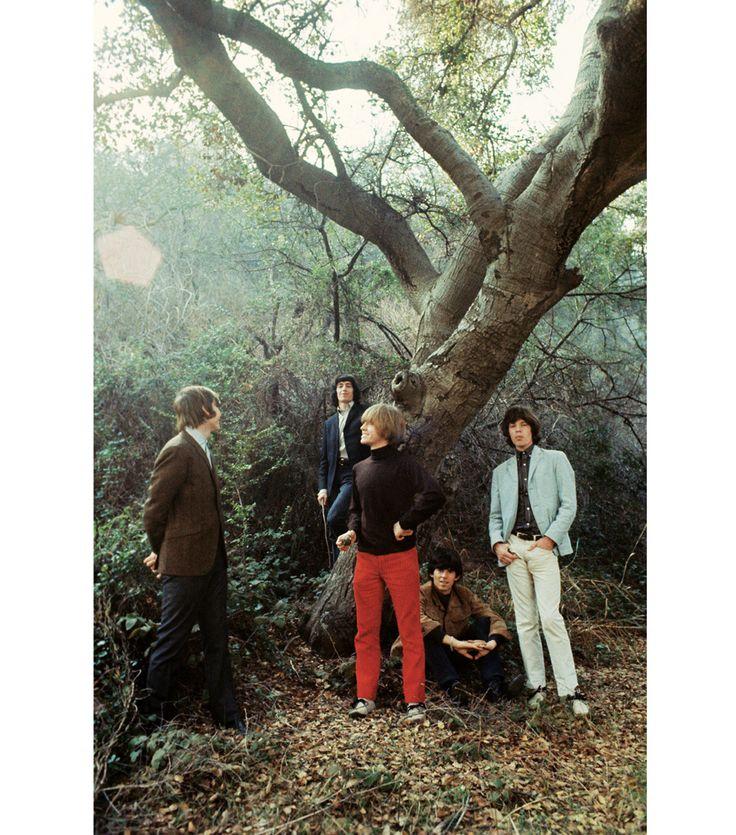 """Au milieu des années 60, les Rollign Stones signent déjà un premier album compilation, """" Big Hits (High Tide and Green Grass)"""". Ici, les coulisses du shooting de la couverture, à  Beverly Hills, en décembre 1965."""