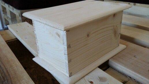 Pine dovetail box