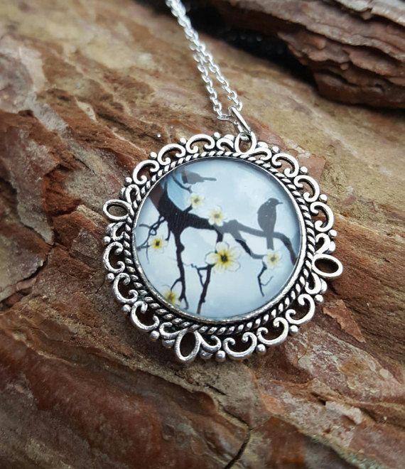 Kette Halskette mit wunderschönem Motiv. von BeautyshotsJewelrys