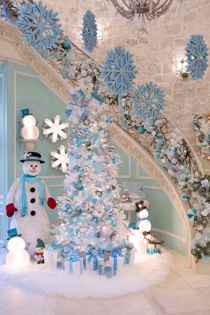 Blue christmas trees decorating ideas - It S A Tiffany Blue Christmas Over Here At Turtle Creek Lane And I Can