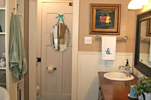 Quickie bathroom makeover using found objects!: Quicki Bathroom, Bathroom Design, Homes Tours, Bathroom Reveal, Bathroom Makeovers, Diy'S Crafts, Complete Bathroom, Pennington Point, Homes Diy'S