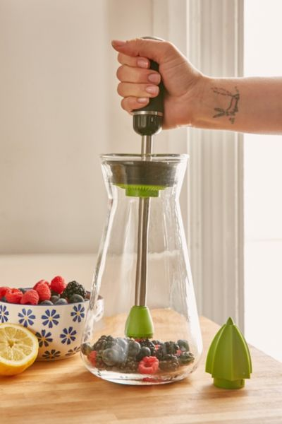 UOGoals: Infuse your water. Zing54 Infusion Pitcher - Urban Outfitters