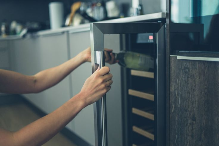 What is a Thermoelectric Wine Cooler?