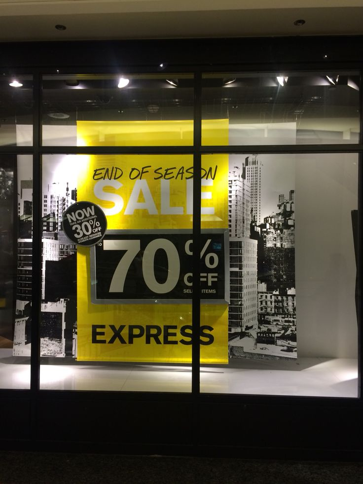 EXPRESS,(End Of Season Sale),San Francisco,CA,USA,uploaded by Ton van der Veer