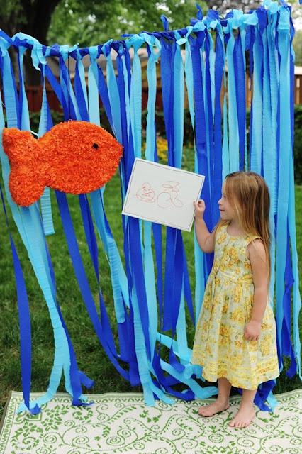 #ocean waves streamer #photobooth {and a darling DIY goldfish pinata}