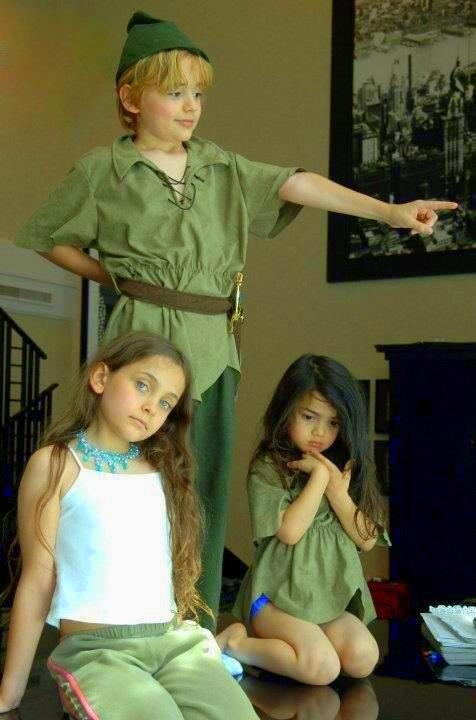 Prince (age 9), Paris (age 8) and Blanket (age 4) in 2006