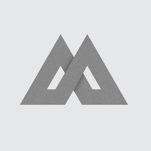 // L'Art Du Logotype / M