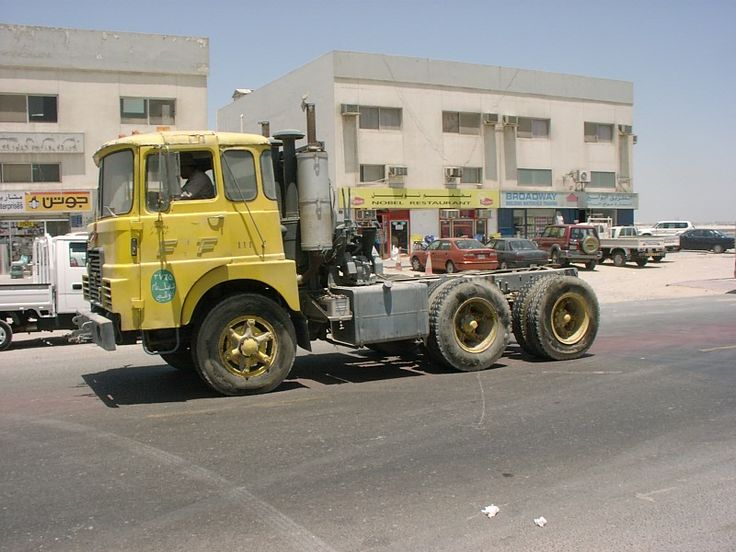 Dutch FTF with Trilex wheels somewhere in the middle east. FTF was a small Dutch company. Their rugged trucks had Detroit engines en they were used mostly for heavy payload. A lot of fans still here in Holland