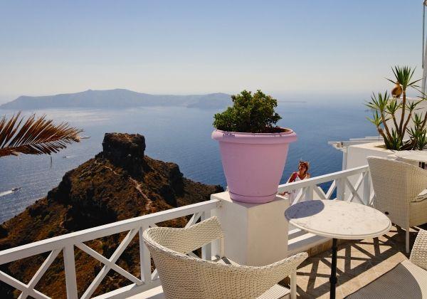Quiet spot in Imerovigli, Santorini island