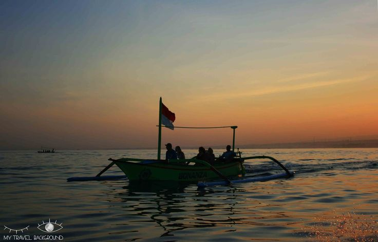 My Travel Background : que visiter dans le Nord de Bali? Dauphins à Lovina