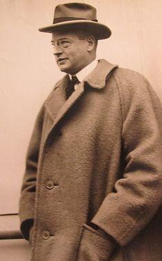 Harold Sterling Vanderbilt, Consuelo's brother. Like Consuelo Vanderbilt Balsan (Casa Alva),