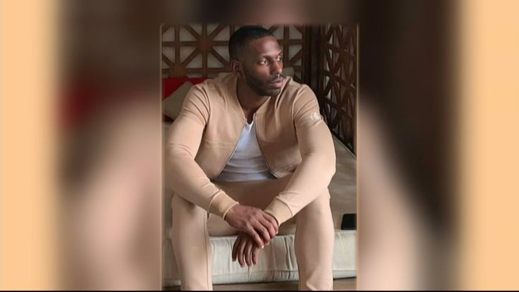 Cbs Friends And Family Gathered On Sunday To Remember A Man Who Was Killed When A Basketball Game Ended In Deadly Gunfire La Fitness Jamal La Fitness Gym