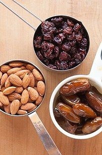Blend pitted dates with almonds and raisins to make yourself some chewy, healthy energy bars.