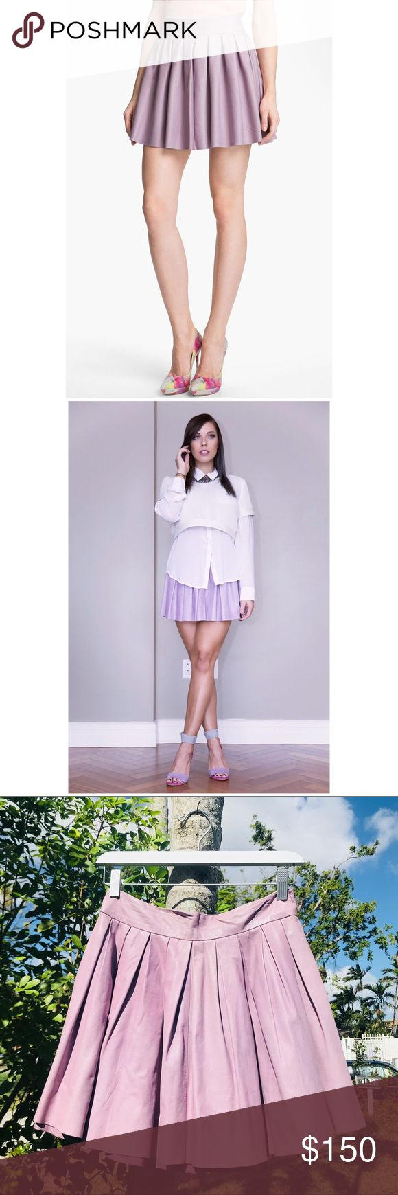 💜ALICE & OLIVIA BoxPleat Leather Skirt Purple US6 Ok so if this guy doesn't sell, I won't be mad at all 😂 love love love this skirt!  Gorgeous dusty purple color, like butter leather, absolutely flattering on everyone 💜🔮💜 GOOD used condition, some staining on the inside of the skirt- as well as a small patch of rust staining near the back zipper (please see all pics!) Selling my WHOLE closet to lead a mobile lifestyle soon with the boyfriend 💖 Make an Offer‼️Poshmark rules only‼️ ❌ no…