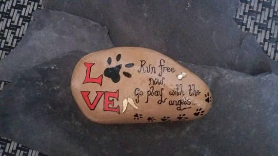 Pet memorial stone, pet loss ornament,indoor or outdoor memorial stone, sympathy/remembrance gifts, memorial keepsakes, garden stone.