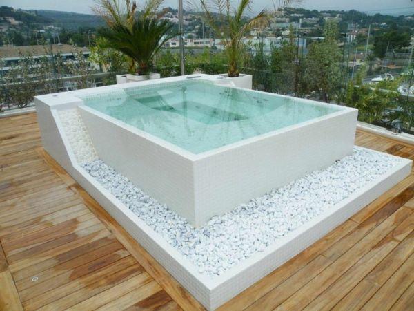 Die besten 25+ Jacuzzi pool Ideen auf Pinterest Deckbelag - whirlpool im garten charme badetonne
