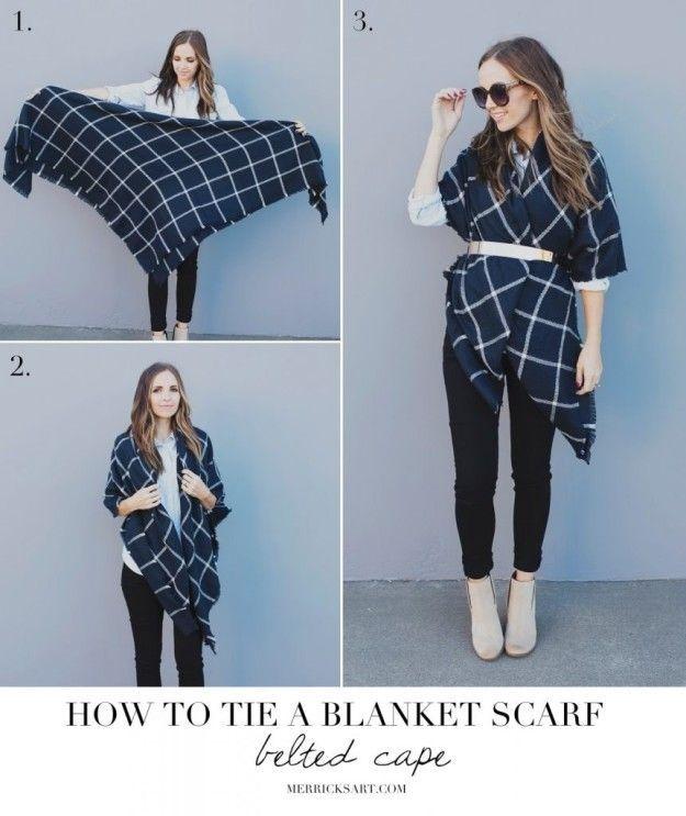 Selbst ein Umhang mit einem riesigen Deckenschal und einem Gürtel.