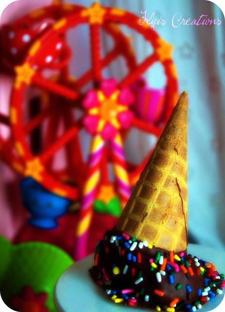 Ice Cream Cone Cake Pop #cupcake #cake #pops #Lalaloopsy