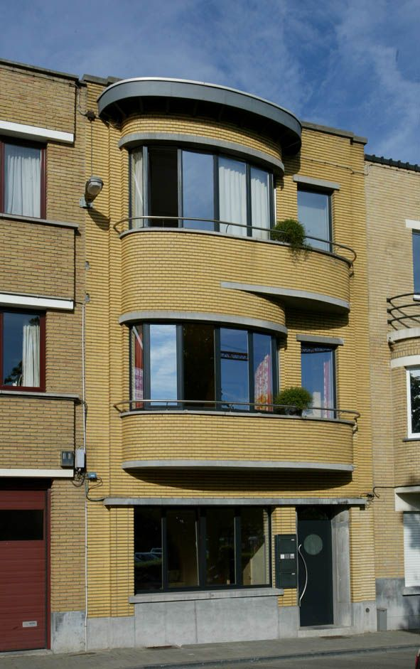 352 best amsterdam school images on pinterest architecture cabinets and children - Deco moderne woning ...