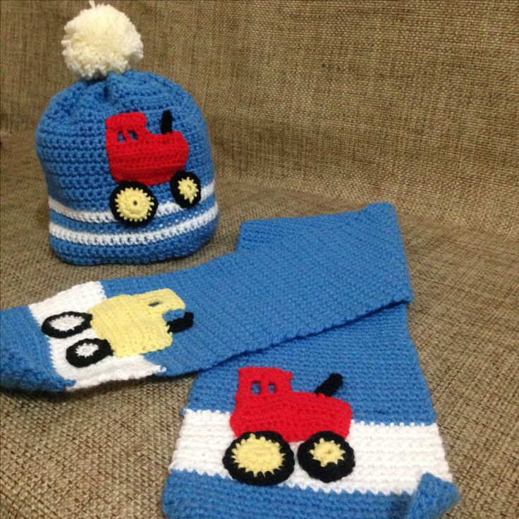 Crochet boy scarf and hat with tractor