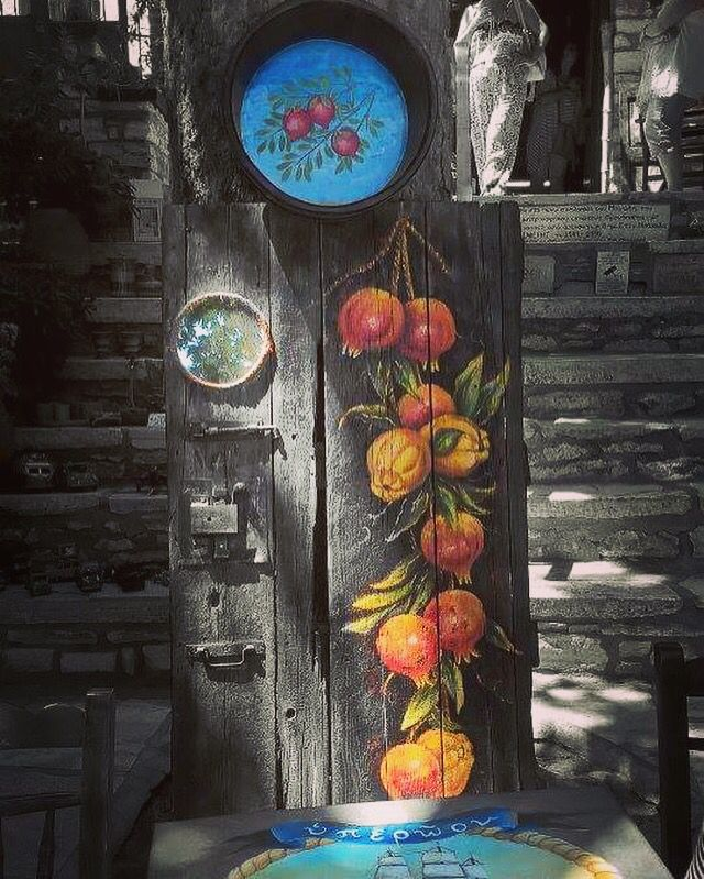 #naksos #apeiranthos #pomegranate #stairs #tradition