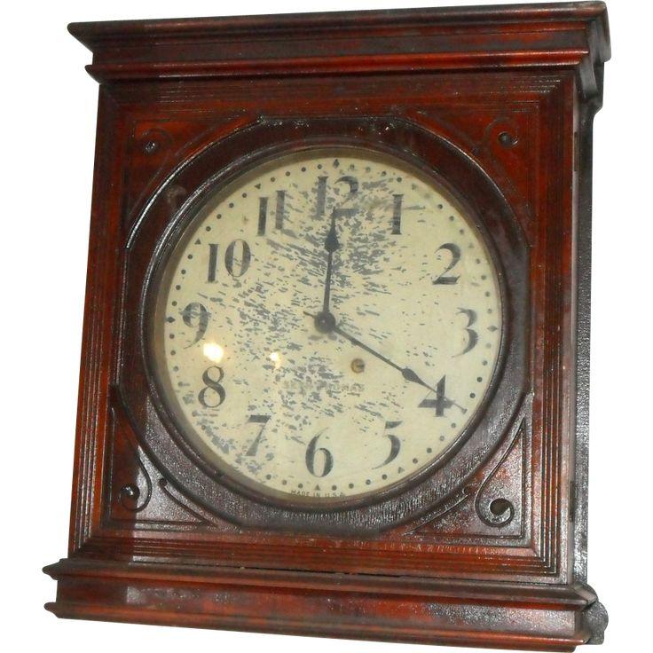 Seth Thomas wooden wall clock Vintage