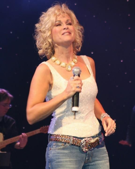 Lorrie Morgan.   Why can't country singers sound more like Lorrie -- and Keith?