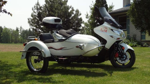 kymco xciting with sidecar kymco pinterest sidecar. Black Bedroom Furniture Sets. Home Design Ideas